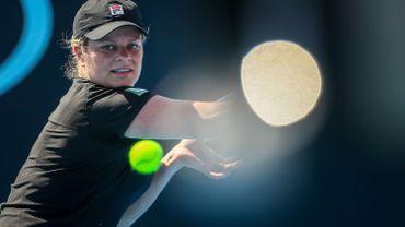 Kim Clijsters, blessée au genou, reporte son grand retour