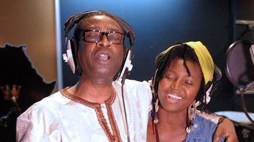 Youssou N'Dour et Idylle Mamba lors de l'enregistrement le 26 janvier à Dakar