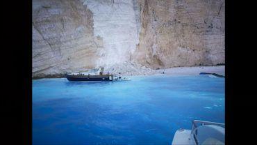 Grèce: trois blessés dans un éboulement sur la plage Navagio, très prisée des touristes