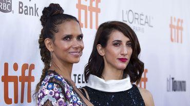 """Halle Berry et Deniz Gamze Ergüven lors de la présentation de """"Kings"""" au Festival du film international de Toronto"""