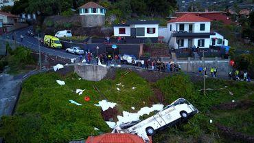 Accident de bus à Madère: le bilan porté à 29 morts selon l'hôpital local
