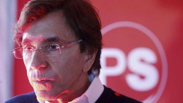 """Elio Di Rupo (PS) n'a pas commenté la formule """"place aux jeunes"""" prononcée par Laurette Onkelinx."""