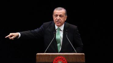 Samedi, Recep Tayyip Erdogan a réaffirmé qu'il validerait le rétablissement de la peine capitale si le Parlement turc votait en ce sens, malgré les critiques européennes.
