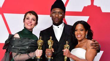 """Regina King (à droite) a remporté son premier Oscar dans la catégorie meilleure actrice dans un second rôle pour """"Si Beale Street pouvait parler"""" de Barry Jenkins."""