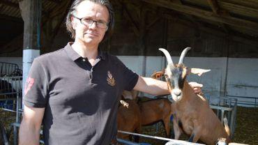 Bruno Hespel, de la chèvrerie de l'Enclus, à Amougies, dans l'entité de Mont-de-l'Enclus.