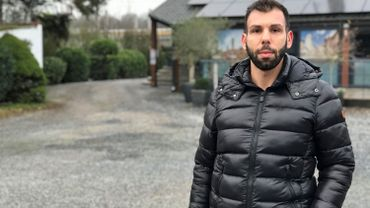 Giulio Fazzi ne pourra finalement pas accueillir des clients dans les chalets qu'il comptait installer sur le parking de son restaurant à Gozée.