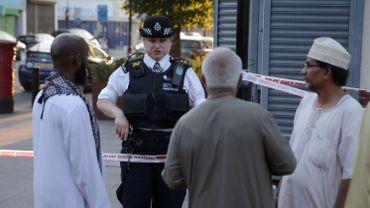 """""""L'homme disait qu'il voulait tuer tous les musulmans"""": les témoignages suite à l'attentat à Londres"""