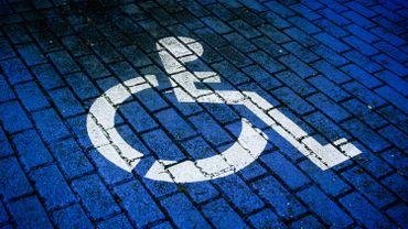 Des actions ciblées pour aider les handicapés existent mais apparaissent très isolées, et surtout dispersées.