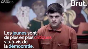 Pourquoi les jeunes n'ont-ils plus foi dans la démocratie?