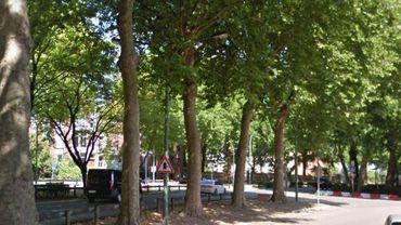 Un adolescent a été heurté par une voiture sur le boulevard Léopold à Tournai