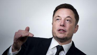 """""""Nous sommes très enthousiastes à l'idée de travailler avec le Maire (de Chicago) et la Ville pour apporter ce nouveau système de transport public à grande vitesse à Chicago"""", s'est réjoui Elon Musk"""