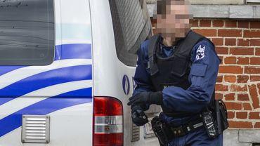 Un enquêteur de la police fédérale, au n°25 à Vilvorde, mardi