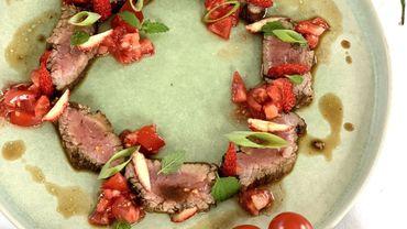Les recettes de Leslie: Tataki de bœuf aux fraises