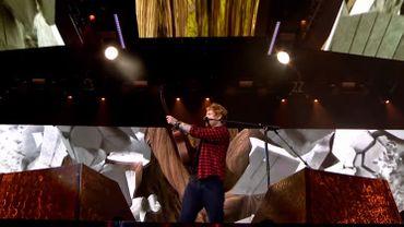 Ed Sheeran, dégoûté, arrête Twitter + 'Shape of You' live