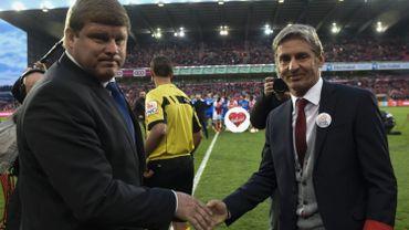 Football: José Riga avec Hein Vanhaezebrouck avant le match