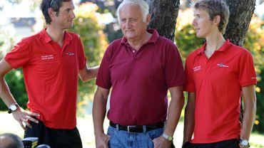 Johnny Schleck entouré de ses deux fils Frank et Andy