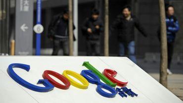 Google, qui avait cessé ses activités en Chine il y a huit ans après des démêlés avec les autorités, teste une version mobile de son moteur de recherche qui respecte les exigences de contrôle du pays
