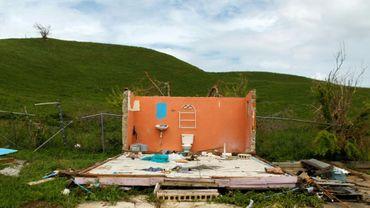 Une maison détruite par le passage de l'ouragan Maria sur Porto Rico, photographiée le 2 octobre 2017 à Naguabo