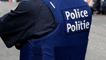 Le policier patrouillait en voiture dans le quartier Nord à Bruxelles lorsqu'il a aperçu que deux hommes se battaient.