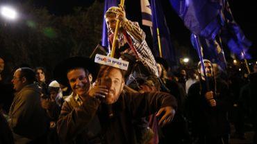 Les policiers bloquent 150 extrémistes juifs avant le mur des Lamentations