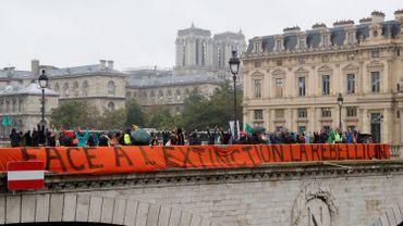 Climat: deuxième jour de blocages et d'actions du mouvement écologiste Extinction Rebellion