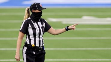 Grande première en NFL : une femme, Sarah Thomas, parmi les arbitres du Super Bowl