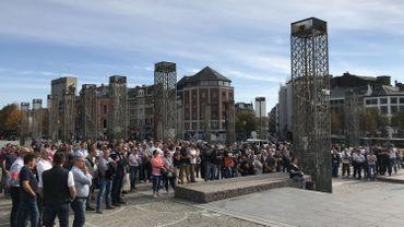 250 policiers se sont rassemblés devant le Palais de Justice de Liège