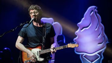 """Graham Coxon, le guitariste de Blur, vient de partager le morceau """"She Knows"""" qu'il a composé, premier extrait officiel de la bande originale de la deuxième saison de la série """"The End of the Fucking World""""."""