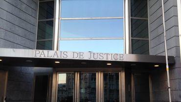 Liège: un exhibitionniste d'Oupeye condamné à 15 mois de prison avec sursis (photo: Palais de Justice de Liège)