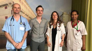 Une partie de l'équipe de la clinique
