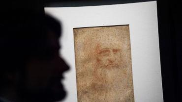 L'Autoportrait de Léonard de Vinci, un dessin à la sanguine sur papier, daté entre 1512 et 1515