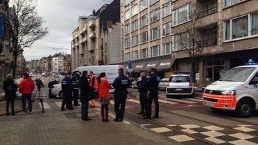 Un périmètre de sécurité avait été instauré autour de l'arrêt de bus
