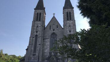 Au pied du parc des Olbats, à Grivegnée, une église fermée depuis 2010