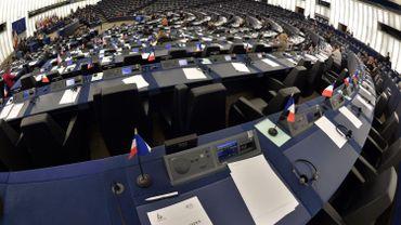 """Le """"secret des affaires"""" coulé dans une directive, et approuvé au Parlement européen"""