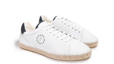 Les premières sneakers de Merci Raymond.