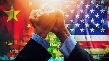 Pékin et Washington sont engagés dans une guerre des mots et désormais de l'information sur l'origine de la pandémie.