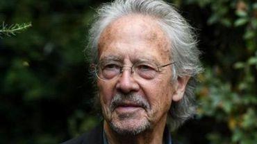 Le Nobel de littérature Peter Handke ne répondra plus à la presse