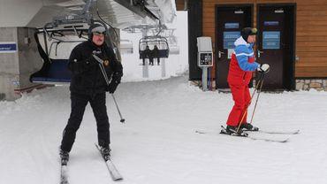 Tensions au Bélarus: Poutine et Loukachenko se croisent sur les pistes de ski