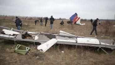 Crash du MH17 en Ukraine: début des opérations d'évacuation des débris