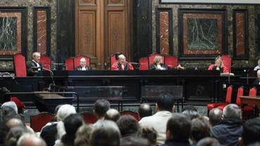 A Bruxelles, 23 personnes accusées de meurtre ou d'assassinat ont été libérées en attendant leur procès d'assises