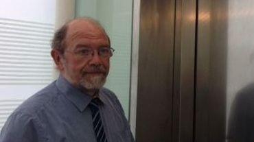 Le Procureur du roi Christian Henry explique que c'est en ne respectant pas les mesures imposées par le Tribunal d'Application des peines que Khalid El Bakraoui a pu disparaître.