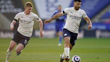 Manchester City et De Bruyne s'imposent à Leicester et s'isolent encore plus en tête