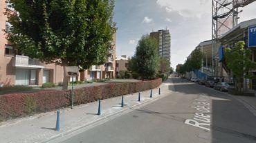 Un homme de 78 ans retrouvé pendu et sa fille égorgée dans un appartement à Charleroi: le beau-fils privé de liberté