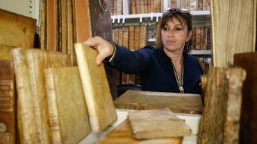 Vannina Schirinsky-Schikhmatoff, chargée de mission conservation et restauration à la bibliothèque patrimoniale d'Ajaccio