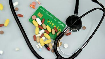 En pratique, il sera possible de consulter un médecin depuis son domicile, via un ordinateur ou une tablette équipée d'une caméra.