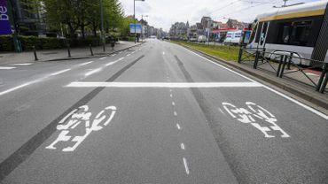 Les Belges enfourchent plus leur vélo, mais ont moins pris les transports en commun en 2020