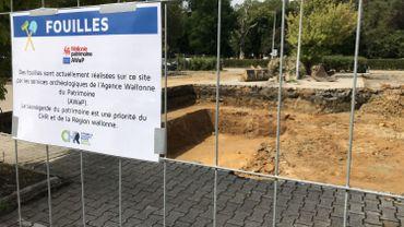 """Depuis lundi dernier, une pelleteuse a commencé des """"fouilles d'évaluation"""" au CHR"""