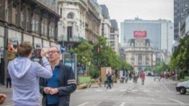 Piétonnier sur les boulevards du centre de Bruxelles - Y. Mayeur et l'opposition n'ont pas pris le piétonnier ensemble pour partir en vacances