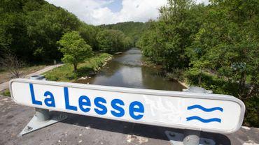 La Lesse rouvre deux sites de baignade bucoliques à Houyet et Pont-à-Lesse
