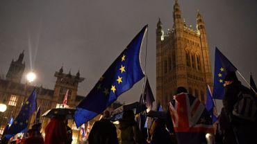 Brexit: les députés britanniques votent contre un Brexit sans accord